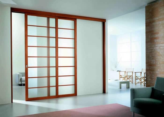 Battante ou coulissante : quelle porte intérieure choisir ?