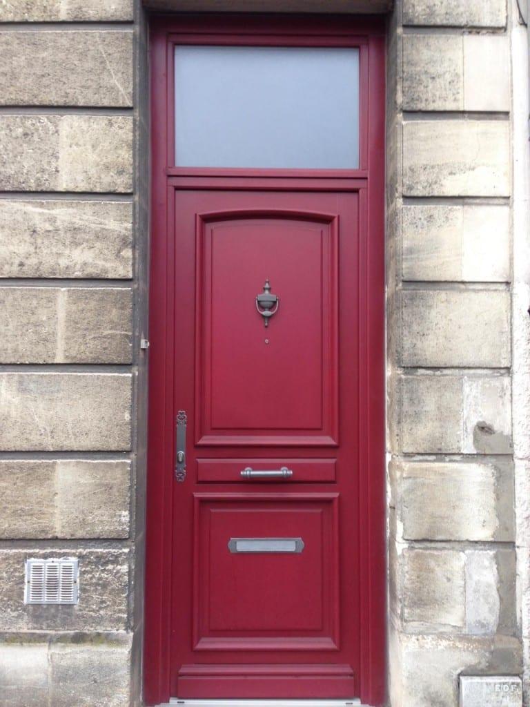 Porte D Entrée Rouge porte bordelaise : pose en gironde