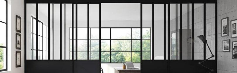 Une brève histoire de la verrière d'atelier, entre charme et lumière.